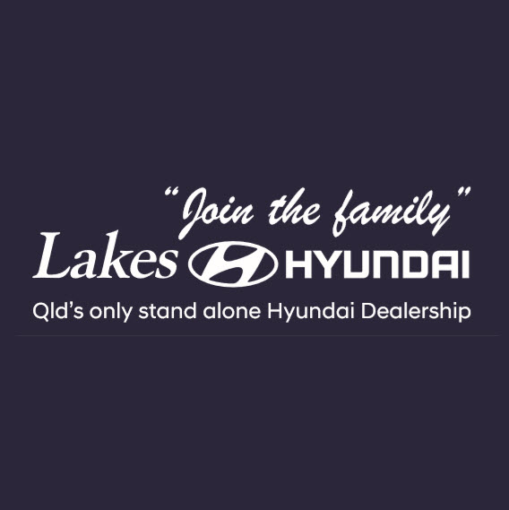 lakes-hyundai-dealership-showroom