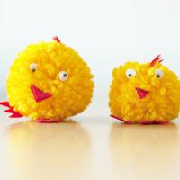 Fork-pom-pom-chicks